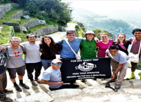 Sacred Valley Tour & Short Inca Trail to Machu Picchu 3D/2N